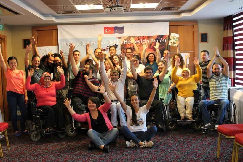 Engelli Hakları Eğitimleri Devam Ediyor!